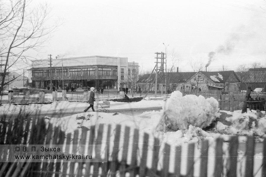 Елизово, перекресток улиц Завойко и Вилюйской