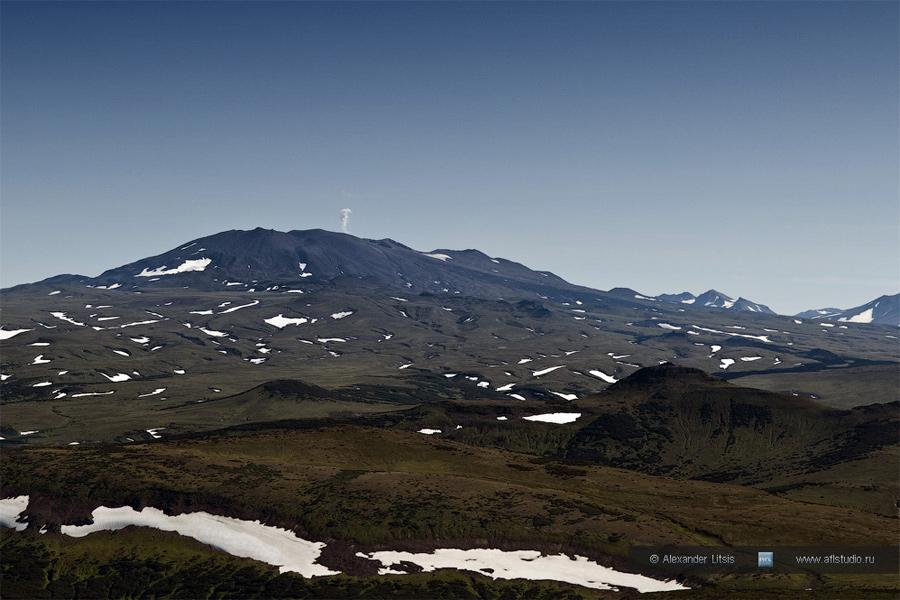 Вулкан Горелый (Gorely Volcano)