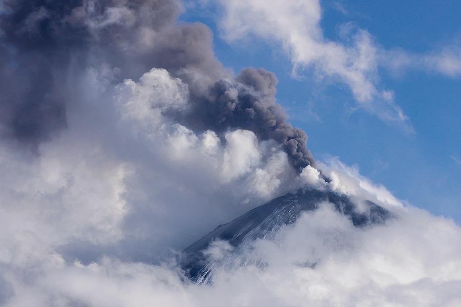Извержение Ключевской сопки (Klyuchevskaya Sopka)