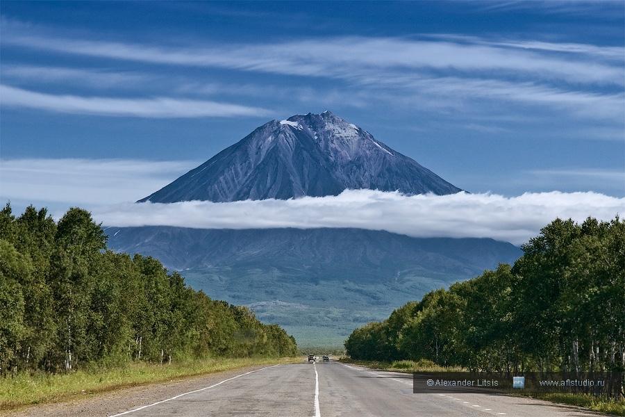Вулкан Корякская Сопка (Koriaksky Volcano)