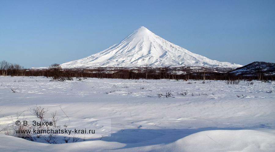 Вулкан Кроноцкая Сопка (Kronotsky Volcano)