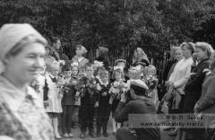 Торжественная школьная линейка 1 сентября 1966 года в городе Елизово