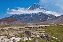 Вулкан Камень (Kamen Volcano)
