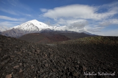 Вулканы Острый Толбачик (Ostry Tolbachik Volcano) и Плоский Толбачик (Plosky Tolbachik Volcano)